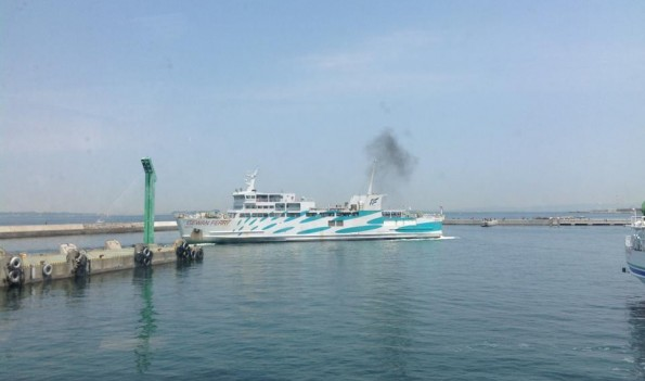 taharashi_iragoferry2